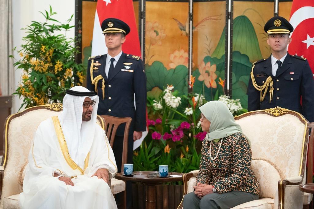 رئيسة سنغافورة تستقبل ولى عهد أبوظبى محمد بن زايد (6)