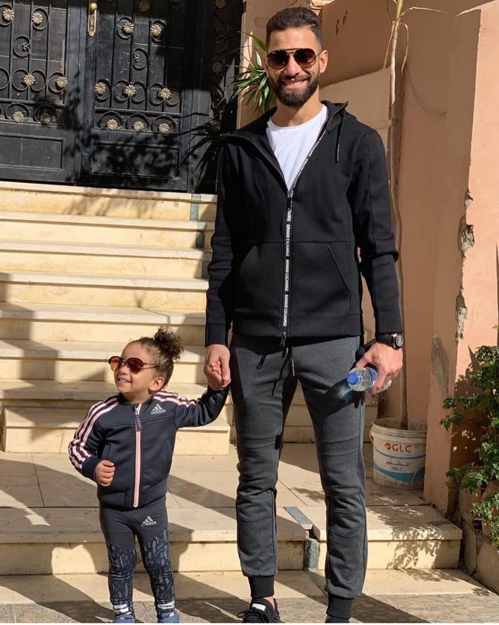 السولية و ليلى بالملابس الرياضية