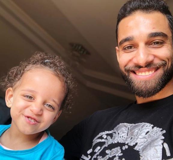 ابتسامة السولية وليلى