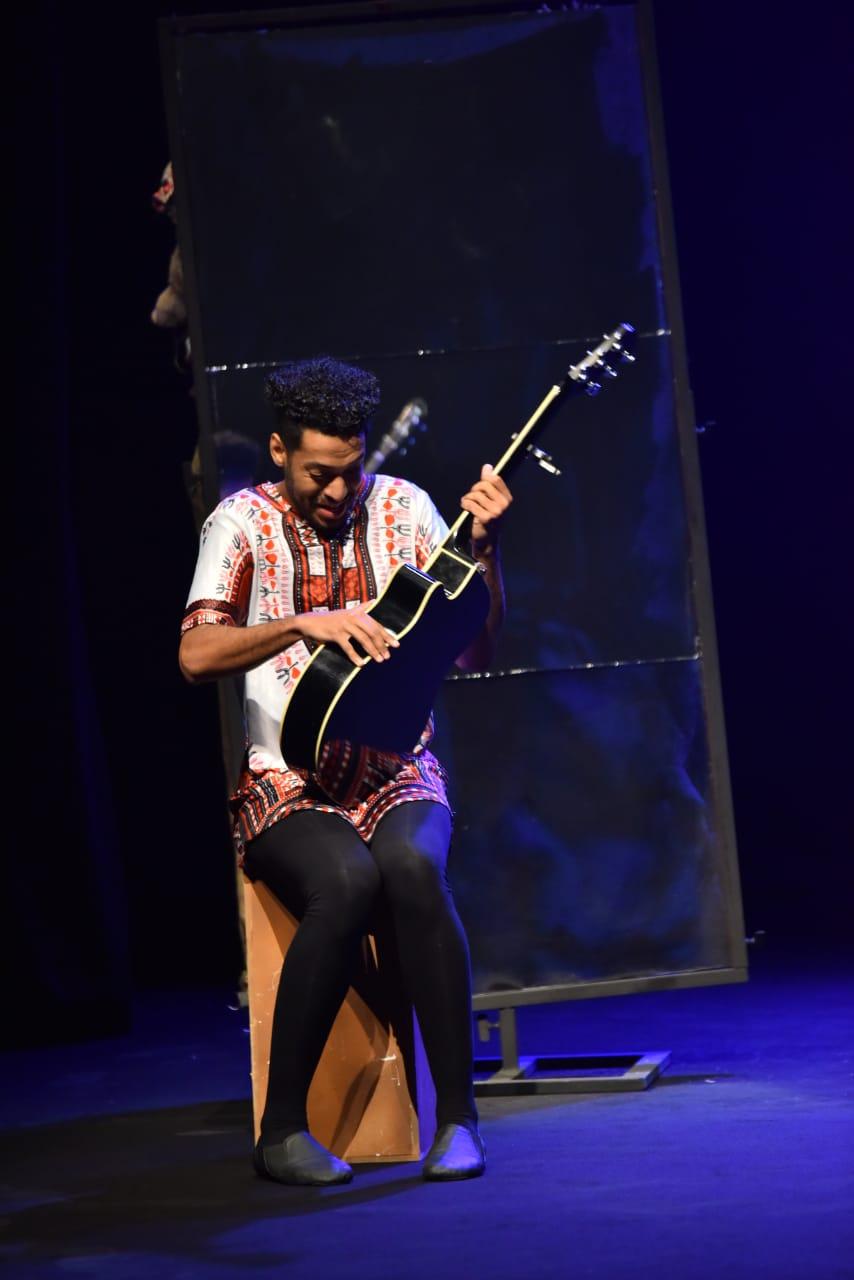 مهرجان دبا الحصن للمسرح (11)
