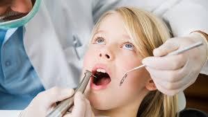 علاج ألم الأسنان لدى الطبيب