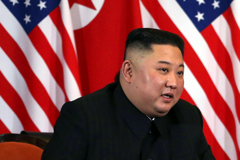زعيم كوريا الشمالية (2)
