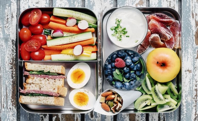 healthy-packed-lunch-1535725357