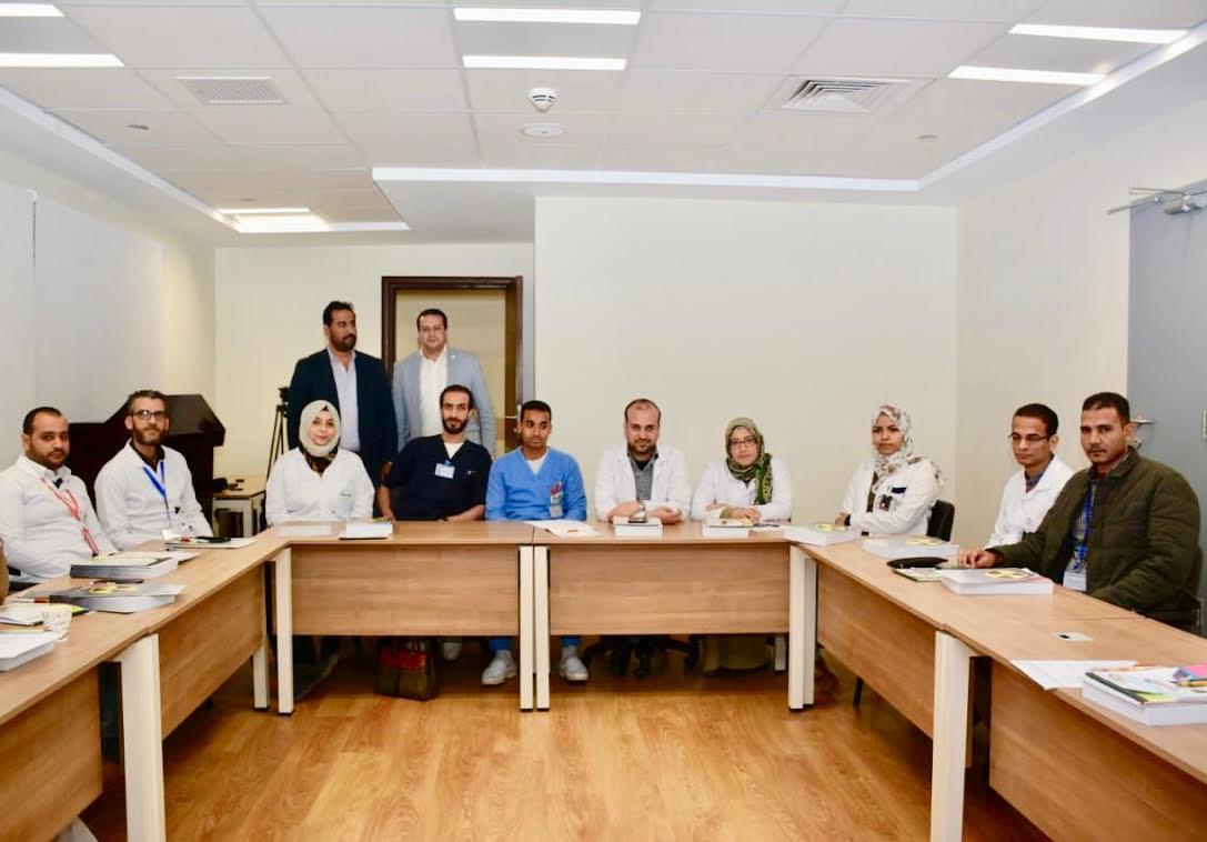 برنامج تدريبي توعوي للعاملين في مستشفى علاج السرطان (2)