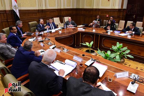 لجنة الشئون الأفريقية (9)