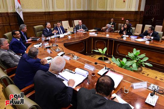 لجنة الشئون الأفريقية (10)