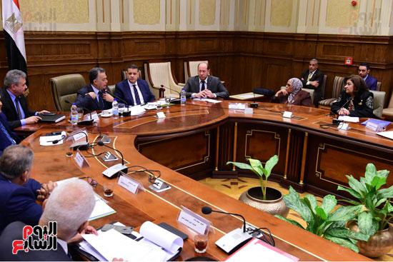 لجنة الشئون الأفريقية (8)