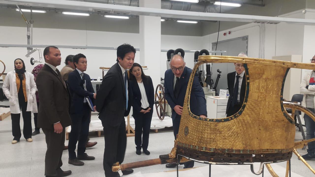 مستشار رئيس الوزارء اليابانى يزور المتحف المصري الكبير (3)