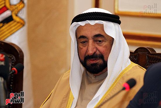 الشيخ سلطان القاسمى خلال زيارته لجامعة القاهرة (10)
