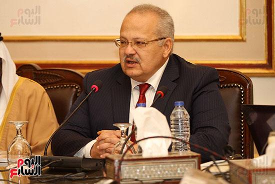الشيخ سلطان القاسمى خلال زيارته لجامعة القاهرة (15)