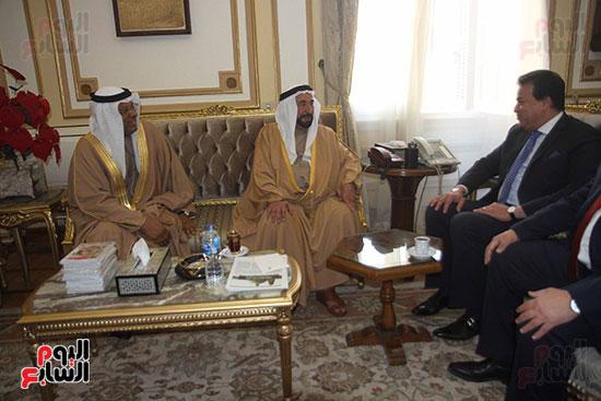 الشيخ سلطان القاسمى خلال زيارته لجامعة القاهرة (6)