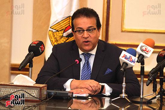 الشيخ سلطان القاسمى خلال زيارته لجامعة القاهرة (24)