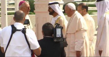 أثناء مشاركة البابا