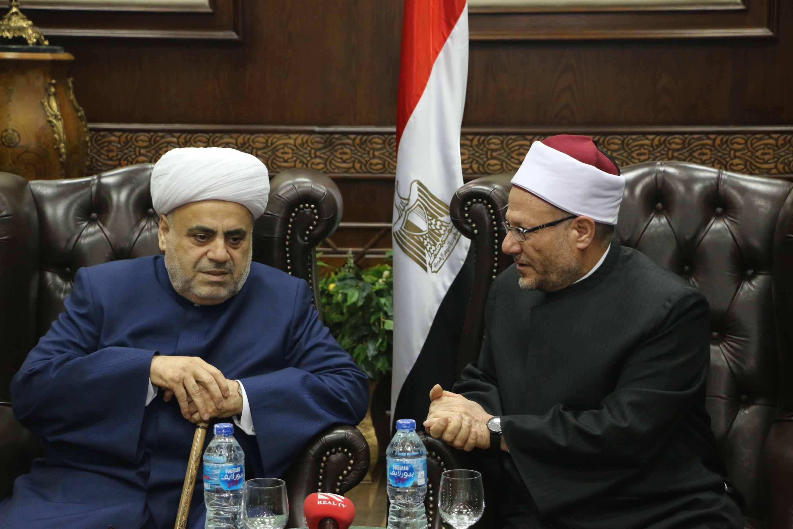 مفتي الجمهورية يستقبل شيخ الإسلام لمنطقة القوقاز  (2)