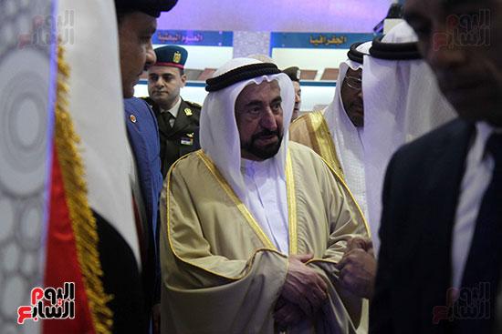 الشيخ سلطان القاسمى فى معرض الكتاب (29)