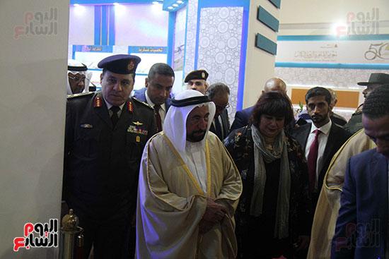 الشيخ سلطان القاسمى فى معرض الكتاب (28)