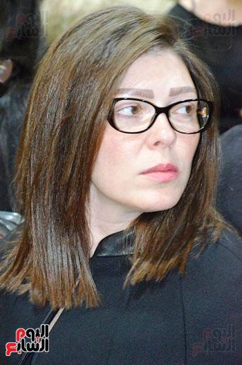 عزاء والدة الفنانة نهال عنبر (32)