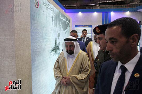 الشيخ سلطان القاسمى فى معرض الكتاب (37)