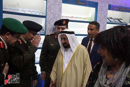 الشيخ سلطان القاسمى فى معرض الكتاب (33)