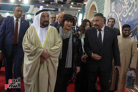 الشيخ سلطان القاسمى فى معرض الكتاب (10)