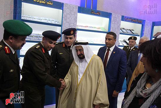 الشيخ سلطان القاسمى فى معرض الكتاب (32)