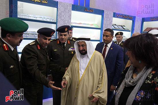 الشيخ سلطان القاسمى فى معرض الكتاب (31)