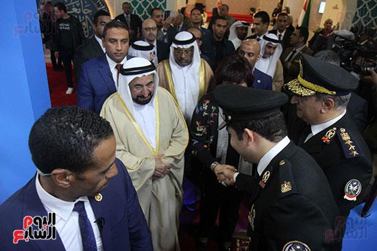 الشيخ سلطان القاسمى فى معرض الكتاب (27)