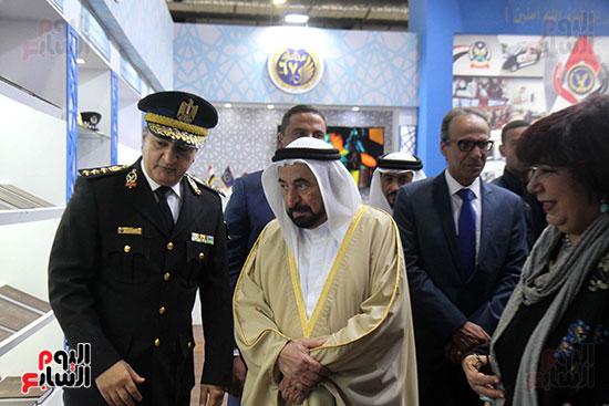 الشيخ سلطان القاسمى فى معرض الكتاب (23)