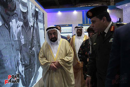 الشيخ سلطان القاسمى فى معرض الكتاب (38)