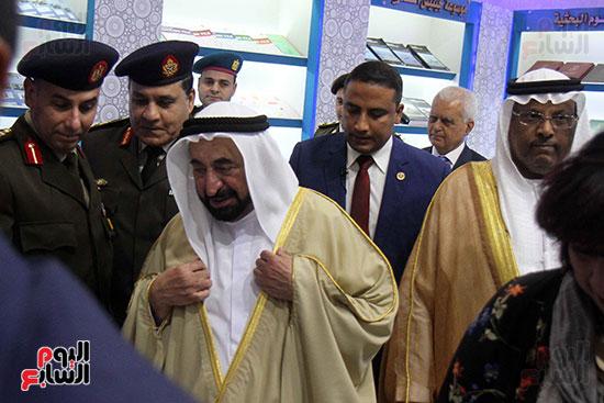 الشيخ سلطان القاسمى فى معرض الكتاب (30)