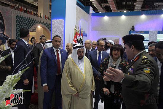 الشيخ سلطان القاسمى فى معرض الكتاب (43)