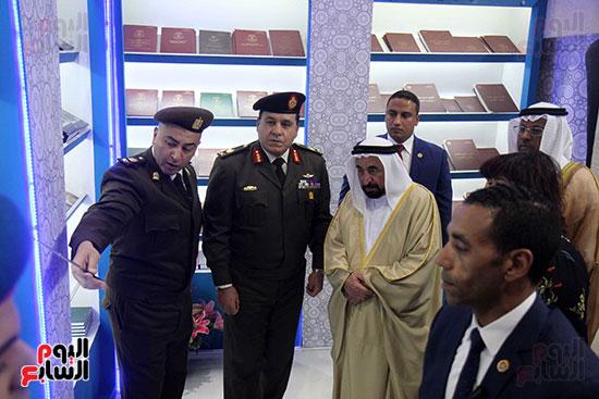 الشيخ سلطان القاسمى فى معرض الكتاب (36)