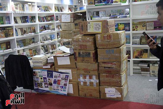 الناشرون يستعدون لمغادرة معرض القاهرة  (4)