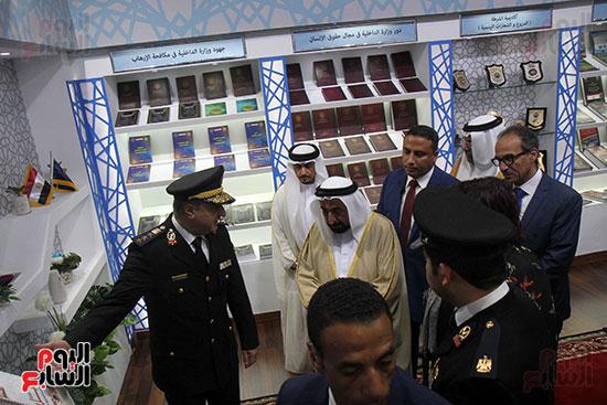 الشيخ سلطان القاسمى فى معرض الكتاب (25)