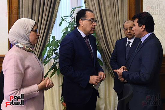اجتماع مجلس الوزراء الأسبوعى (9)