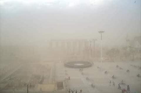 سوء حالة الطقس والغيوم توقف حركة الطيران والبالون الطائر ومحافظة الأقصر ترفع حالة الطوارئ (3)