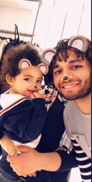 محمد الننى وأبنته فاطمة