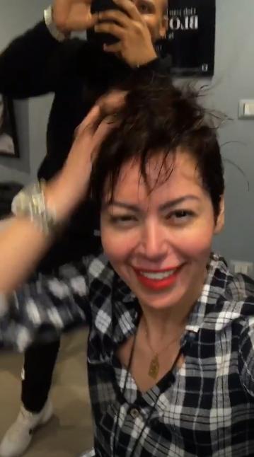 لقاء الخميسى بعد قص شعرها  (4)