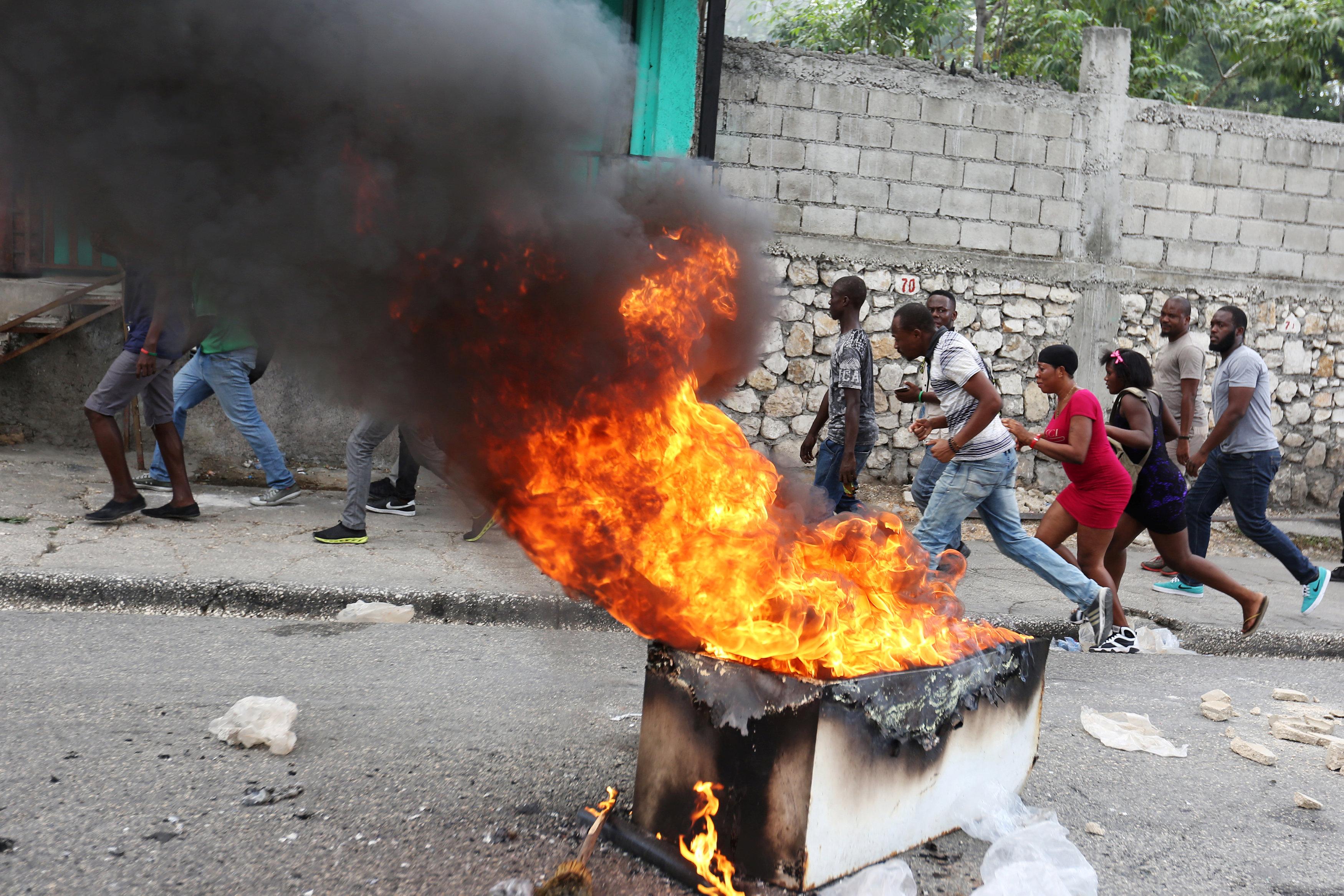 مظاهرات عنيفة فى هايتى بسبب الفساد (4)