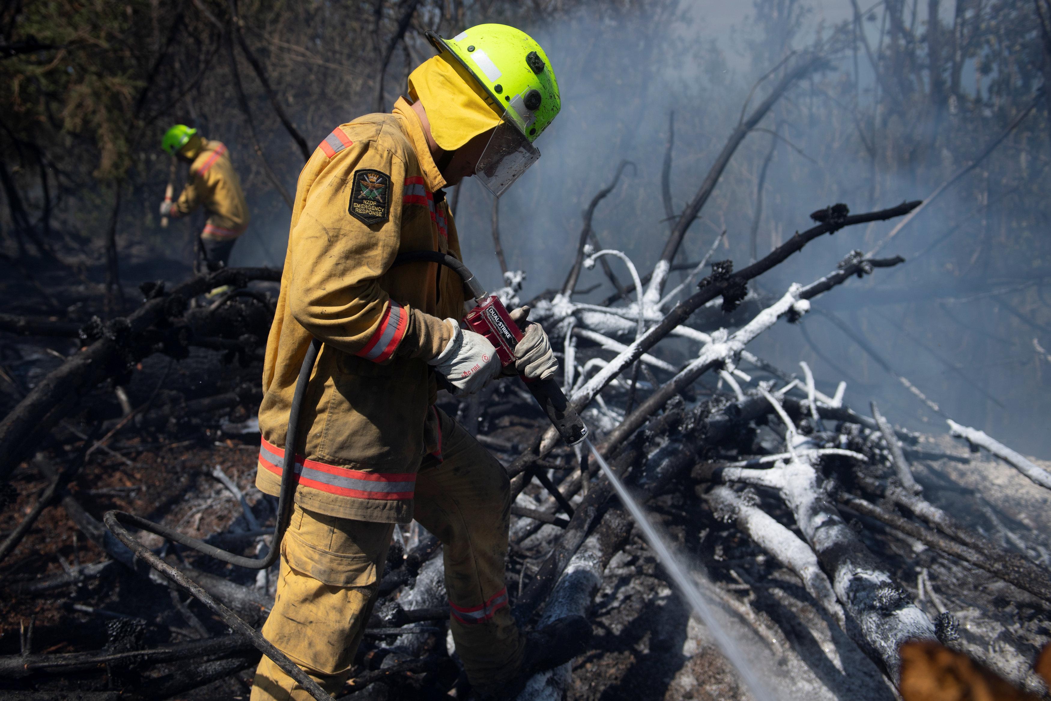 مكافحة حرائق الغابات فى نيوزيلندا (3)