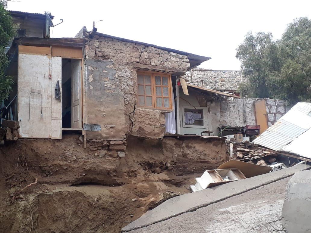 الأمطار الغزيرة فى تشيلى (8)