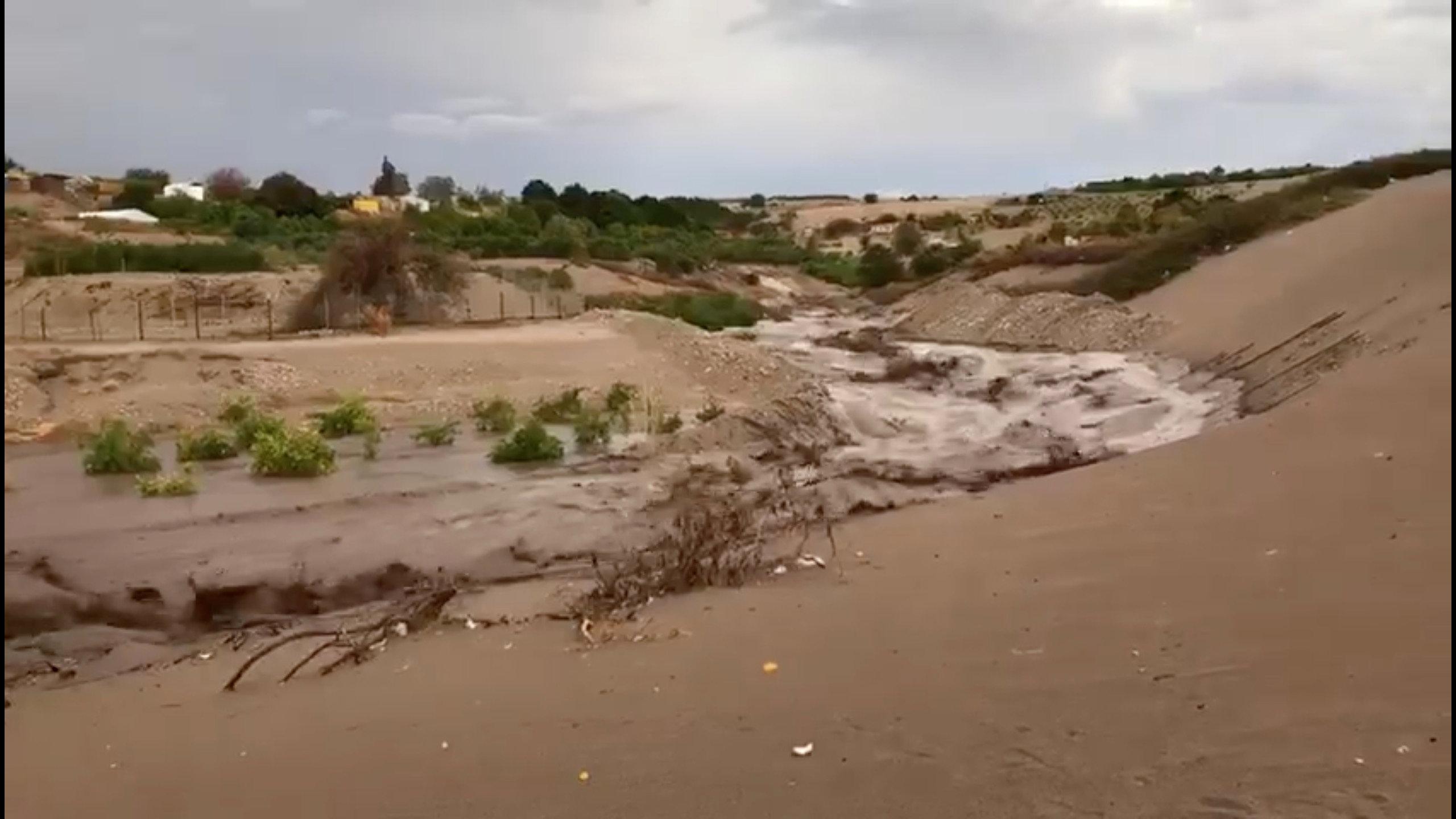 الأمطار الغزيرة فى تشيلى (5)