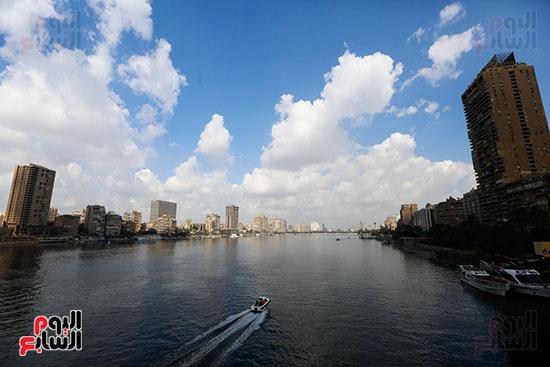 وزيرة البيئة تطلق حملة لتنظيف نهر النيل من المخلفات خاصة البلاستيكية (76)