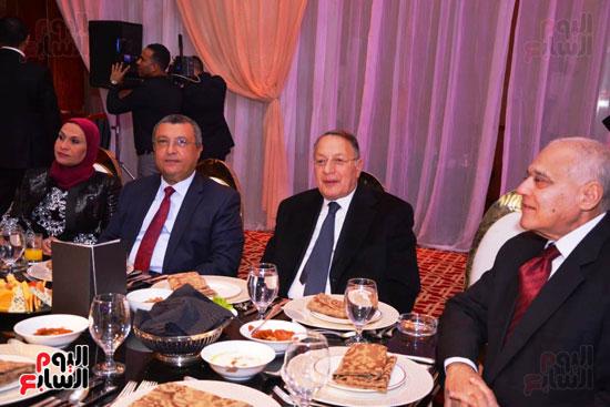 حفل زفاف نجل الوزير زكى عابدين يجمع كبار رجال الدولة (4)