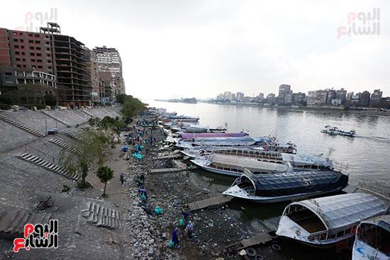وزيرة البيئة تطلق حملة لتنظيف نهر النيل من المخلفات خاصة البلاستيكية (78)