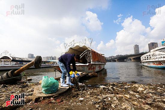 وزيرة البيئة تطلق حملة لتنظيف نهر النيل من المخلفات خاصة البلاستيكية (54)