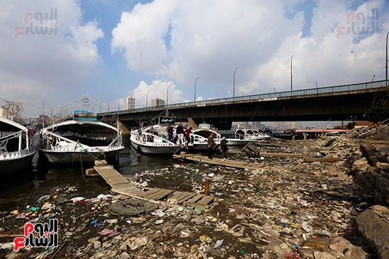 وزيرة البيئة تطلق حملة لتنظيف نهر النيل من المخلفات خاصة البلاستيكية (24)