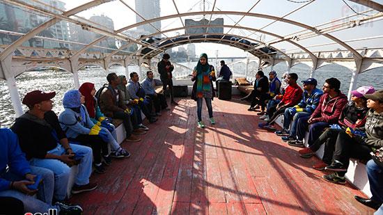 وزيرة البيئة تطلق حملة لتنظيف نهر النيل من المخلفات خاصة البلاستيكية (100)