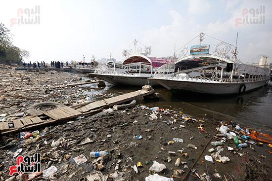 وزيرة البيئة تطلق حملة لتنظيف نهر النيل من المخلفات خاصة البلاستيكية (23)