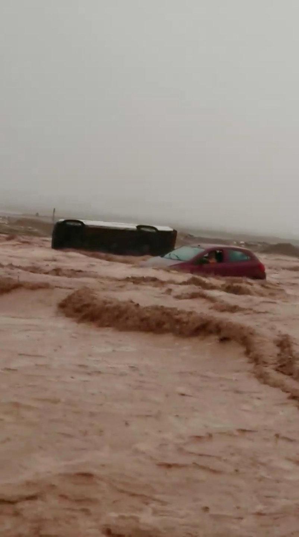 الأمطار الغزيرة فى تشيلى (3)